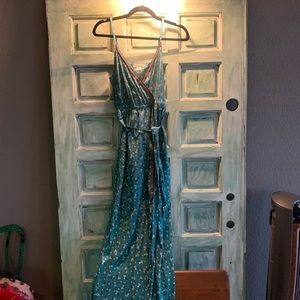 Billabong Maxi slit dress